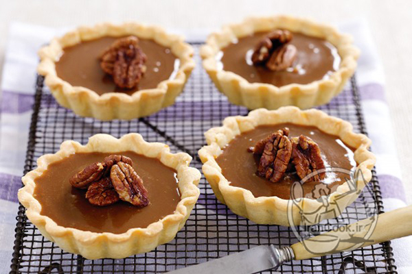 caramel-tarts-with-maple-pecans